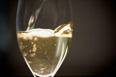 Wein gegossen Stockfotografie