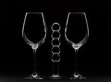 Wein-Gläser und Dildo Stockfotografie