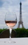 Wein mit einer Ansicht Stockfoto