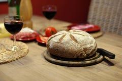 Wein und Brot Stockfoto