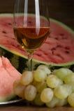 Wein und Frucht Lizenzfreie Stockbilder