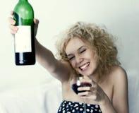Wein und girle Lizenzfreies Stockfoto