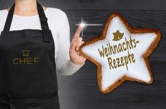 Weinachtsrezepte & x28; w niemieckim Bożenarodzeniowym recipes& x29; Cynamon gwiazda jest fotografia stock
