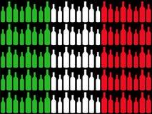 Weinflaschen und italienische Markierungsfahne Stockbilder