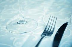 Weinglas auf der Tabelle Stockfotografie