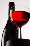Weinglas und -flasche Stockbild