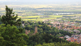 Weinheim bij bergweg (een der bergstraße), hoogste mening Royalty-vrije Stock Foto's