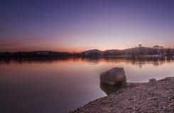 Weinheim See bei Sonnenaufgang Stockfotos