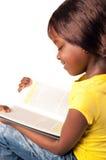 Weinig Afrikaans schoolmeisje Stock Foto's