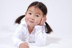 Weinig Aziatisch meisje Royalty-vrije Stock Afbeeldingen