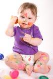 Weinig baby het schilderen Royalty-vrije Stock Foto's