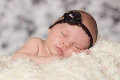 Weinig babymeisje, het slapen Royalty-vrije Stock Afbeeldingen