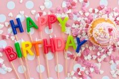 Weinig cupcake met het roze berijpen Stock Afbeelding