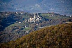 Weinig dorp van Castelfranco dichtbij Rieti, centraal Italië Royalty-vrije Stock Foto