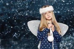 Weinig Engel van Kerstmis royalty-vrije stock afbeelding