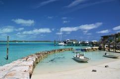 Weinig haven bij Exuma Cays stock afbeelding