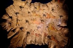 Weinig het grote schilderen van Cheyenne van de hoornslag op buffels vilt royalty-vrije stock foto