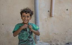 Weinig het Omani jongen glimlachen Stock Afbeelding
