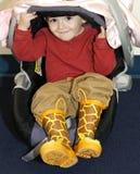 Weinig jongen in autozetel Royalty-vrije Stock Fotografie