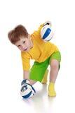 Weinig jongen in bokshandschoenen Stock Afbeeldingen