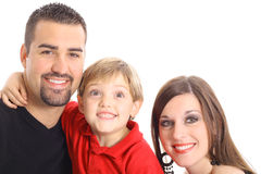 Weinig jongen die grappig gezicht voor familieportret maakt Stock Afbeeldingen