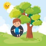 Weinig jongen die op het park spelen royalty-vrije illustratie