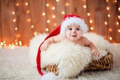 Weinig jongen in een rode hoed Royalty-vrije Stock Fotografie