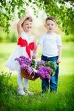 Weinig jongen en meisje stock afbeelding