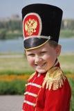Weinig jongen in het kostuum van huzaar royalty-vrije stock afbeelding