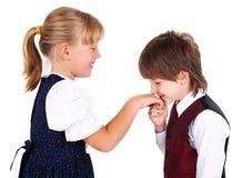 Weinig jongen het kussen hand Royalty-vrije Stock Foto