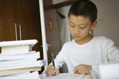 Weinig jongen het schrijven Royalty-vrije Stock Afbeelding