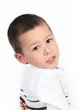 Weinig jongen het stellen met glimlach royalty-vrije stock foto's