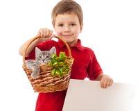 Weinig jongen met pot en banner stock fotografie