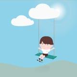 Weinig jongen op een schommeling die van wolk hangen Royalty-vrije Stock Fotografie