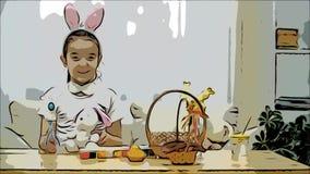 Weinig leuk en aanbiddelijk meisje glimlacht en speelt met Paashazen in haar handen De vakantie van conceptenpasen stock videobeelden
