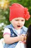 Weinig mooi oud meisje twee jaar Royalty-vrije Stock Afbeeldingen