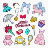 Weinig Prinses Doodle Reeks Stickers, Kentekens en Flarden met Eenhoorn, Kroon en Cupcake vector illustratie