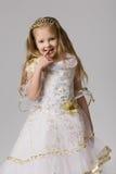Weinig prinses whith bekroont op lang haar Royalty-vrije Stock Afbeelding