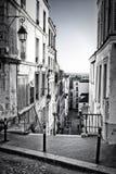 Weinig straat in Montmartre Royalty-vrije Stock Fotografie