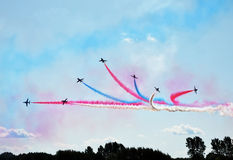 Vliegtuigen in vorming op airshow royalty-vrije stock fotografie