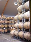 Weinkellerei-Fässer stockbild