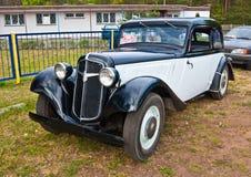 Weinlese Adler-Auto Stockbild