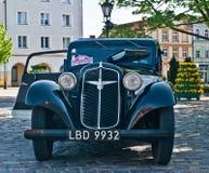 Weinlese Adler-Automobil Stockbilder