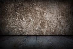 Weinlese, alte Betonmauer und Bretterboden Stockfotografie