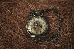 Weinlese-alte Taschenuhr Stockbild