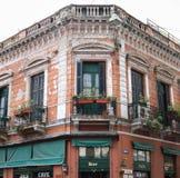 Weinlese-Architektur in Buenos Aires stockbild