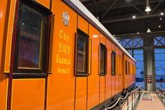 Weinlese-Autolokomotiven der Weinlese Retro- von Zeiten der UDSSR Russland, St Petersburg Museums-Eisenbahnen von Russland am 21. Stockfotos