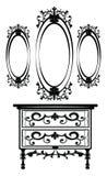 Weinlese-barocke Kaiserfrisierkommode und Spiegel Stockfotos