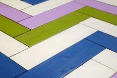 Weinlese-bunte Holzoberfläche mit Zig Zag -Muster-Hintergrund T Lizenzfreies Stockbild
