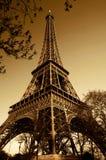 Weinlese-Eiffelturm Stockbild